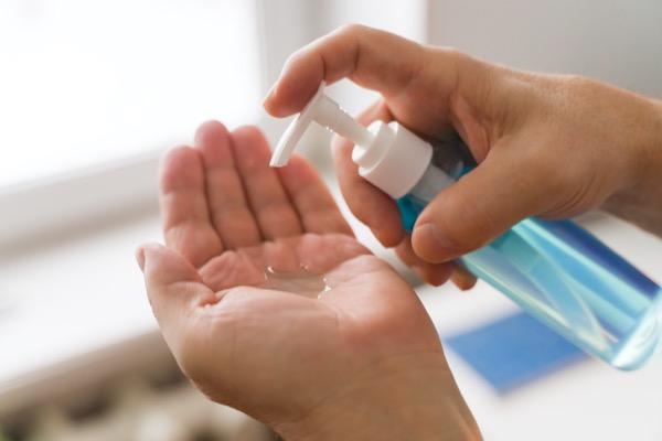 aplicar gel hidroalcoholico