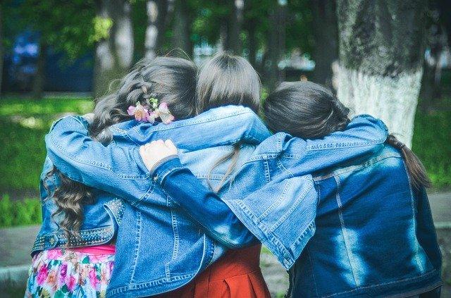 prevenir-estrias-adolescencia